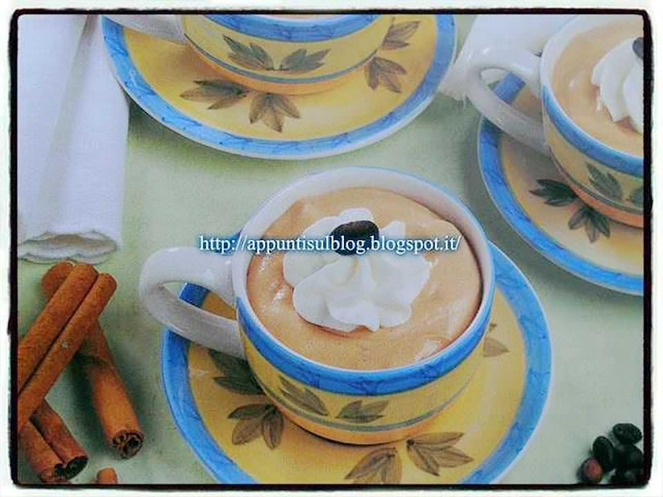 Menu del Giovedì: Pasta e fagioli, cotolette e mousse al caffè