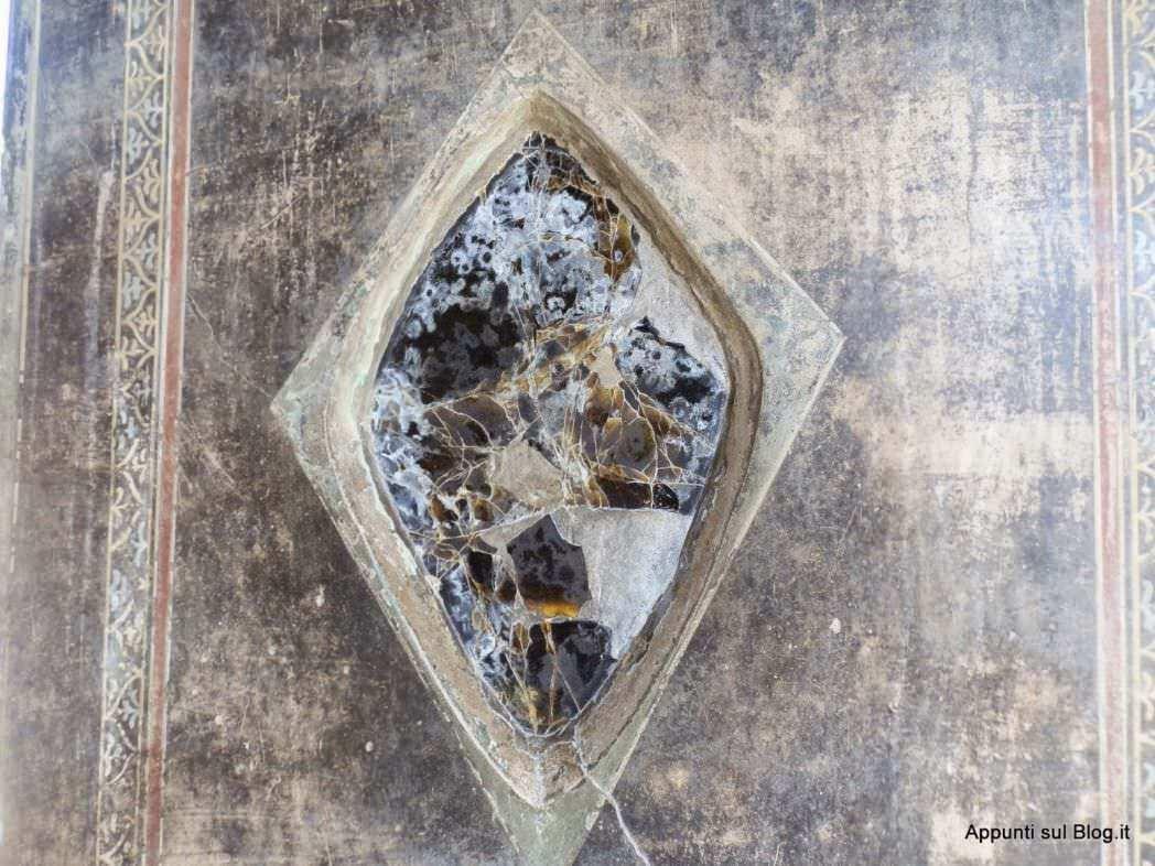 scavi-di-pompei-azienda-di-famiglia-terme-e-bellezza_hhzdca-5249624-9112695