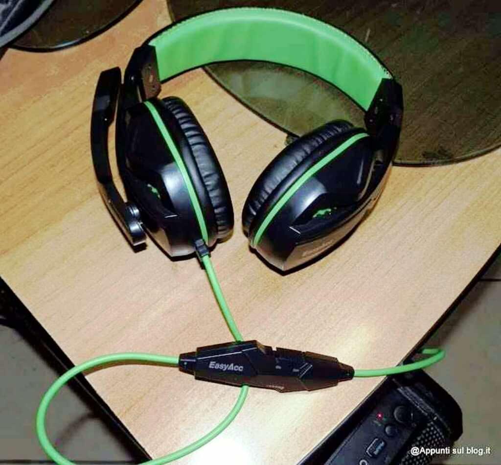 EasyAcc cuffie gaming headset tecnologiche