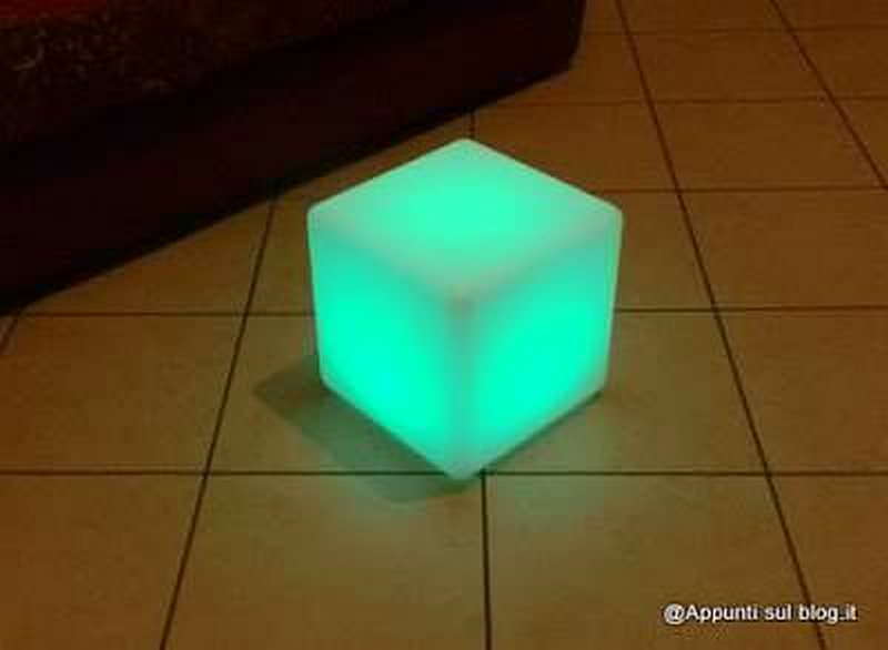 Cubo 16 LED colorati per interior design 4 arredamento