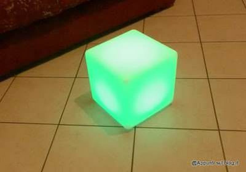 Cubo 16 LED colorati per interior design 5 arredamento