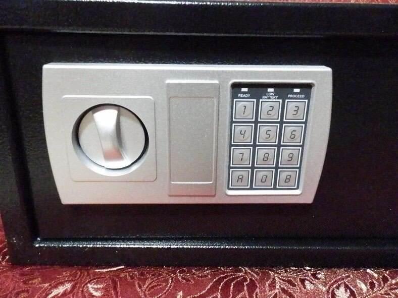 ONECONCEPT HOTELGUARD Cassaforte per laptop indistruttibile