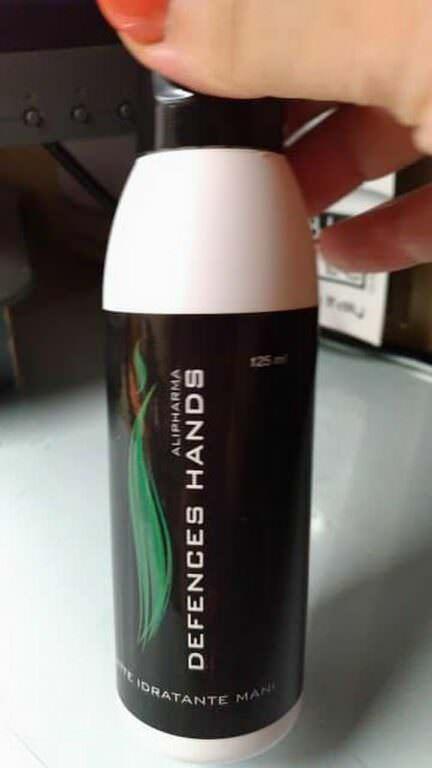 Defence hands cream, mani sempre al top con oli essenziali