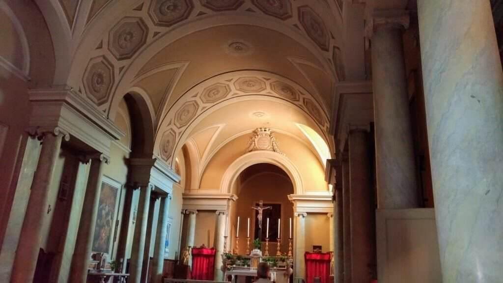 Visita Volterra e i suoi grattacieli- interno duomo