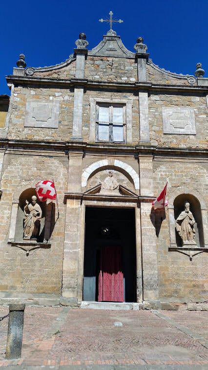 Visita Volterra e i suoi grattacieli