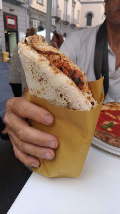 Napoli 12 siti tra arte, pizza e caffè espresso