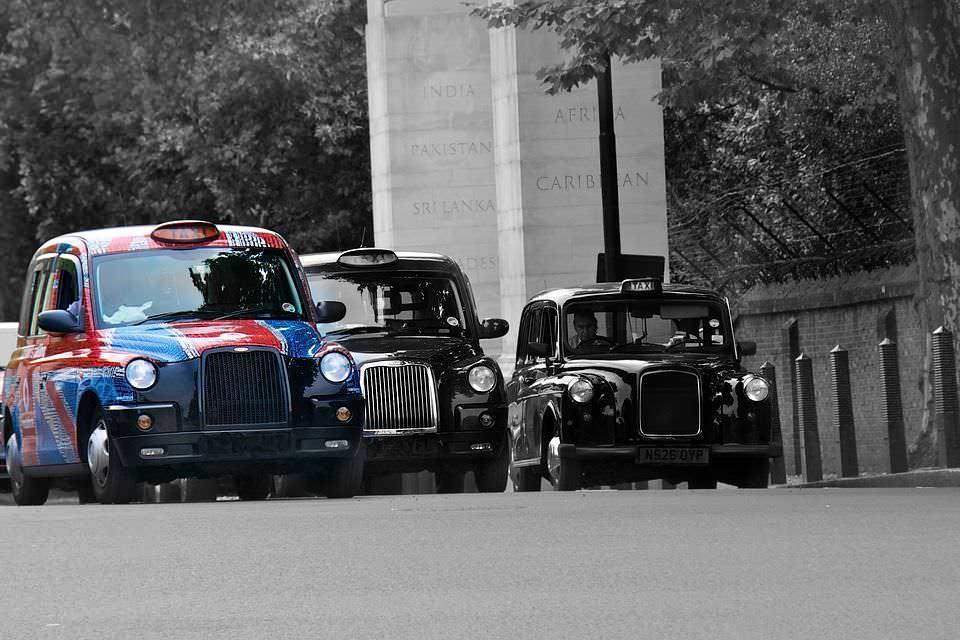 La storia dei Taxi dall'antica Roma all'era moderna
