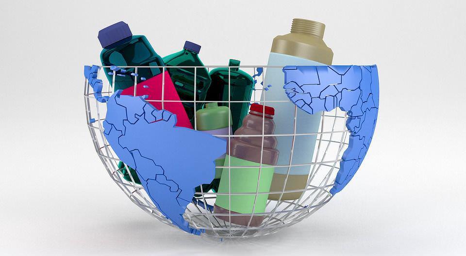 Plastica monouso 2021, 8 motivi per non riciclarla e rimedi