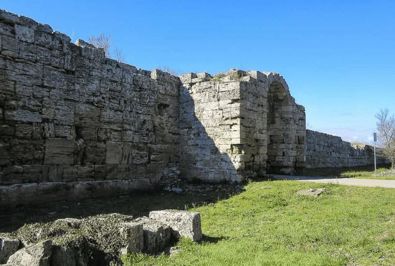 Scopri l'antica Paestum parco archeologico in Italia