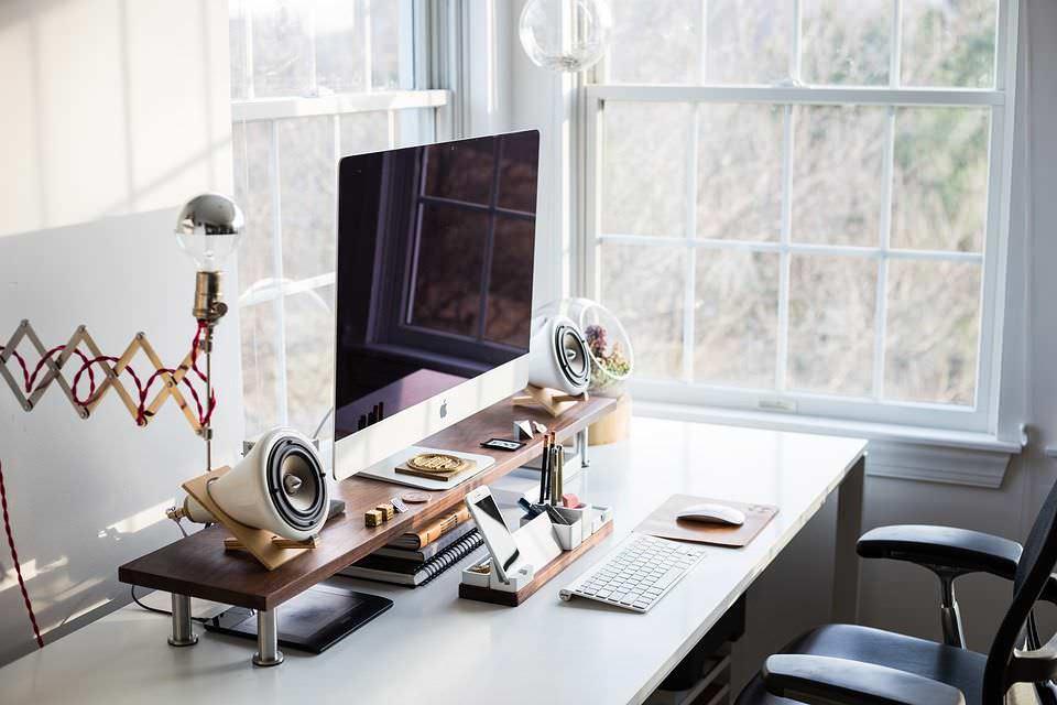 Quali arredi scegliere per fare un ufficio a casa?