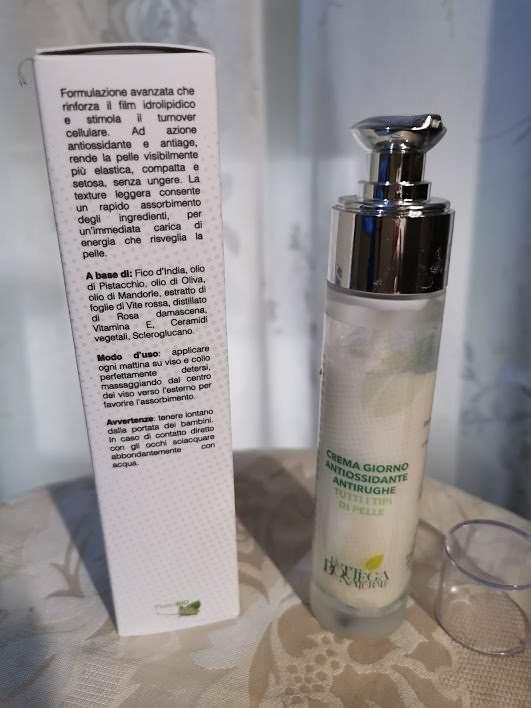 Crema giorno antiossidante per un viso radioso