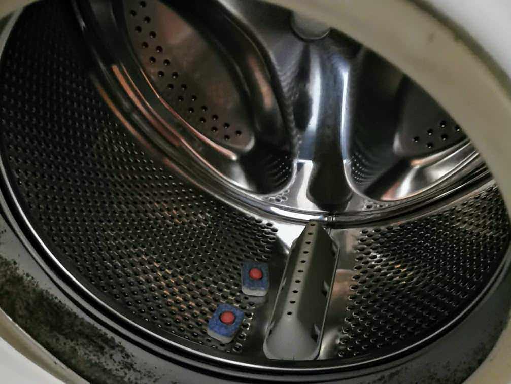 Disinfezione lavatrice dai virus: 3 strategie vincenti
