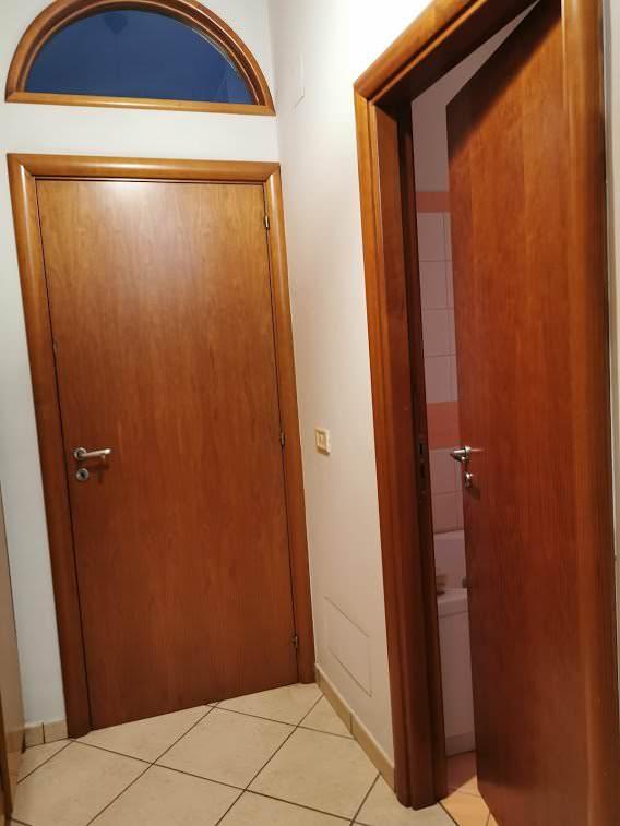 Come scegliere il colore di una porta interna