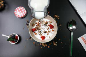 Dieta allo yogurt: 3 ricette brucia grassi per accelerare il metabolismo
