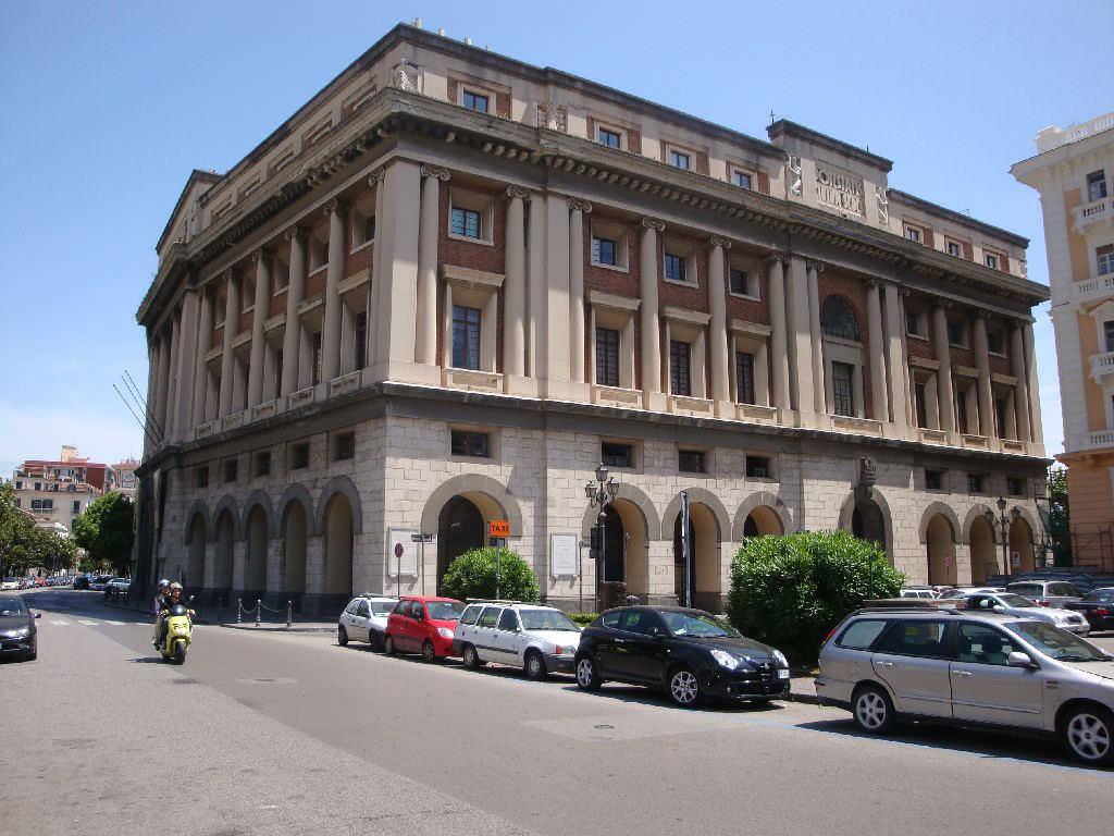12 Edifici longobardi a Salerno stile barocco e coppedè