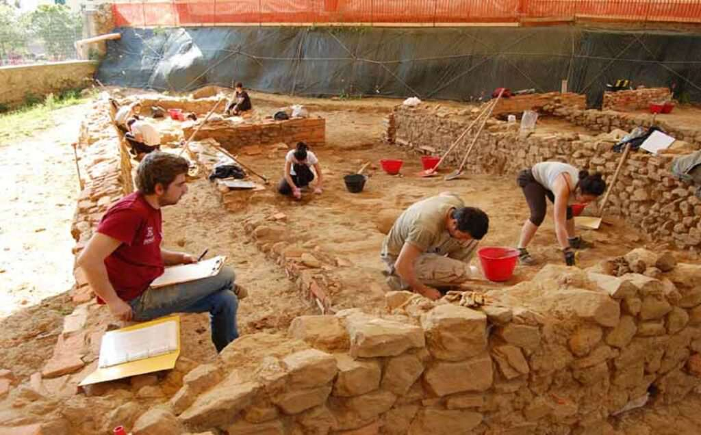 Storia e Preistoria, chi sono archeologi e antropologi
