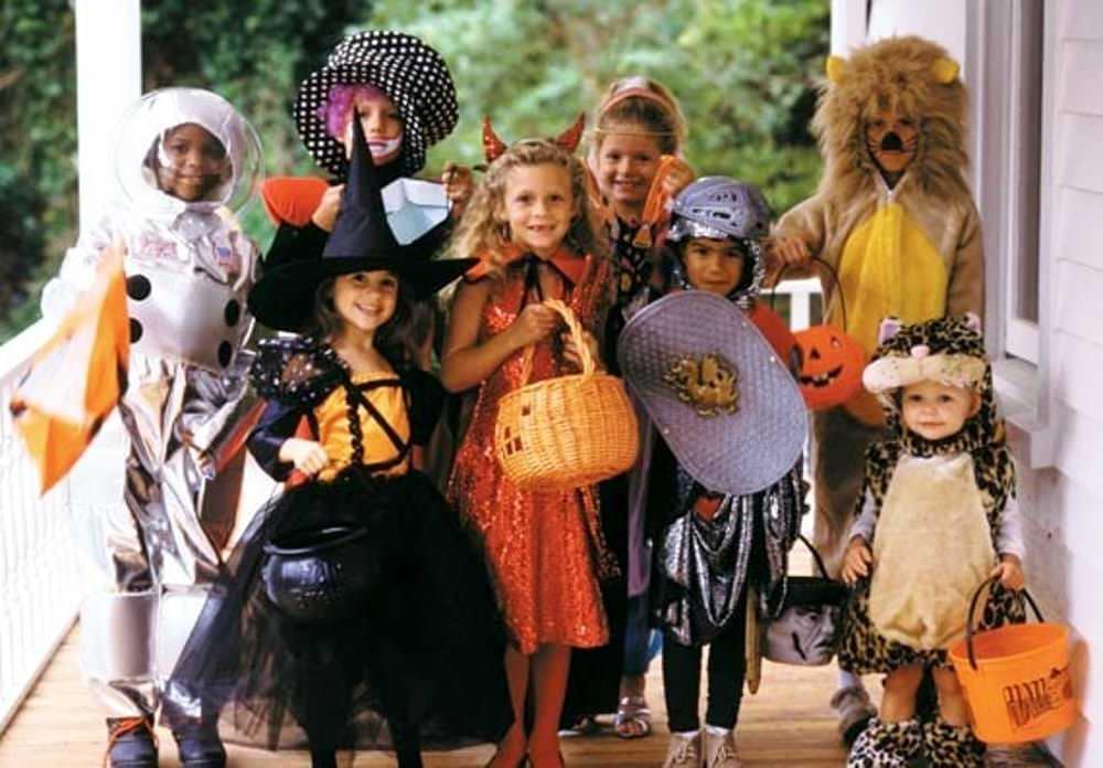 Dolcetto o scherzetto Halloween come funziona nel mondo?