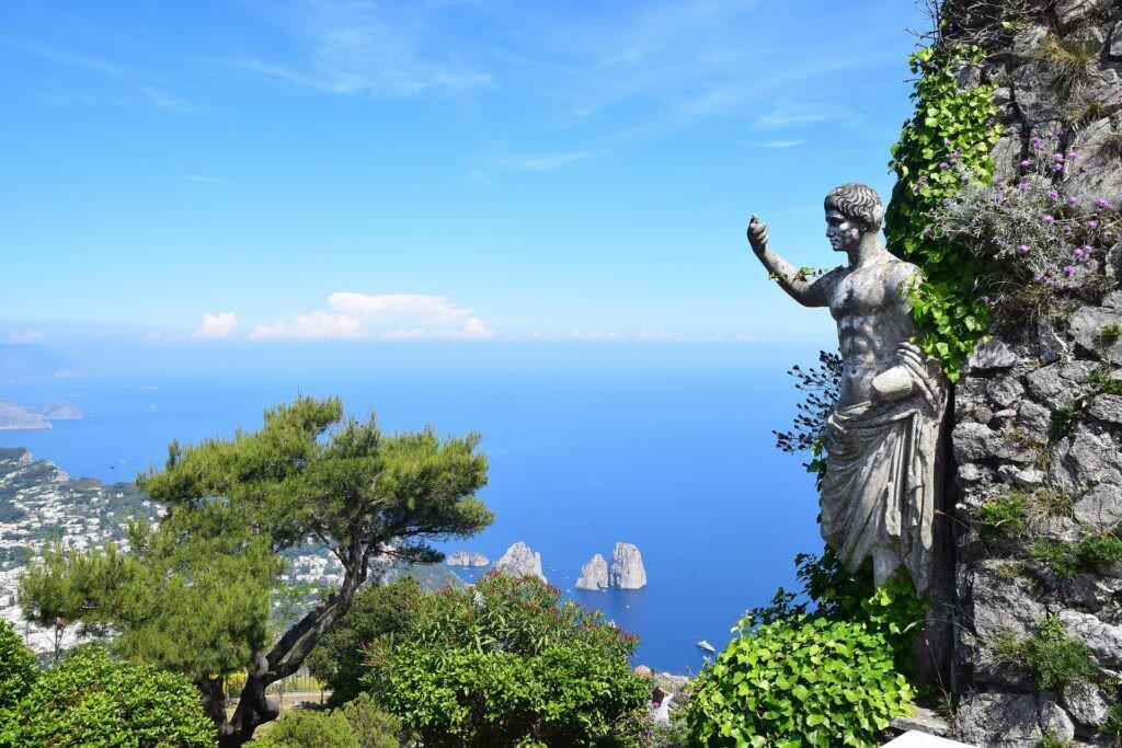 Isola di Capri storia e antiche rovine dalla preistoria a oggi