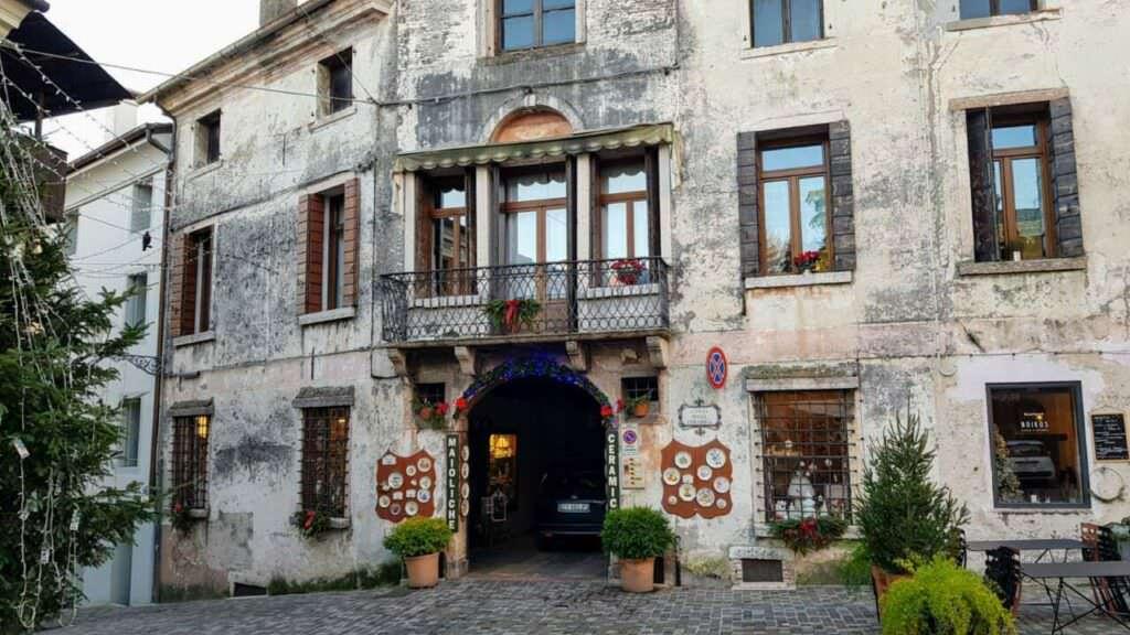 Bassano del Grappa famosa per 10 attrazioni incredibili